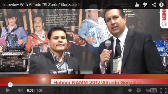 """Alfredo """"El Zurdo"""" González de Los Tucanes de Tijuana en el 2012 NAMM Show."""